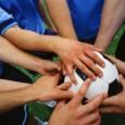 Quizá la madre pueda ser la entrenadora del equipo; el padre, el capitán, y los hijos, esas promesas que vienen pujando y, en el futuro, tomarán la posta del grupo. […]