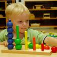 Se escucha hablar a menudo del Método Montessori y no son pocos quienes lo reivindican haciéndolo suyo. Devaluado en tantas ocasiones como una fórmula de venta tras la cual a […]